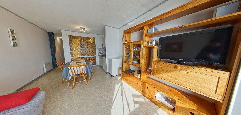 Appartement à louer 1 36m2 à Larmor-Plage vignette-8