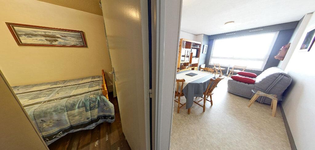 Appartement à louer 1 36m2 à Larmor-Plage vignette-11