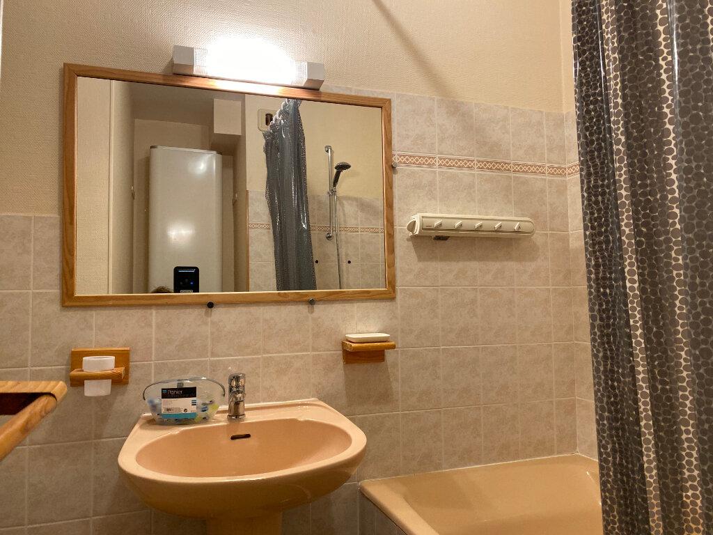 Appartement à louer 1 36m2 à Larmor-Plage vignette-15