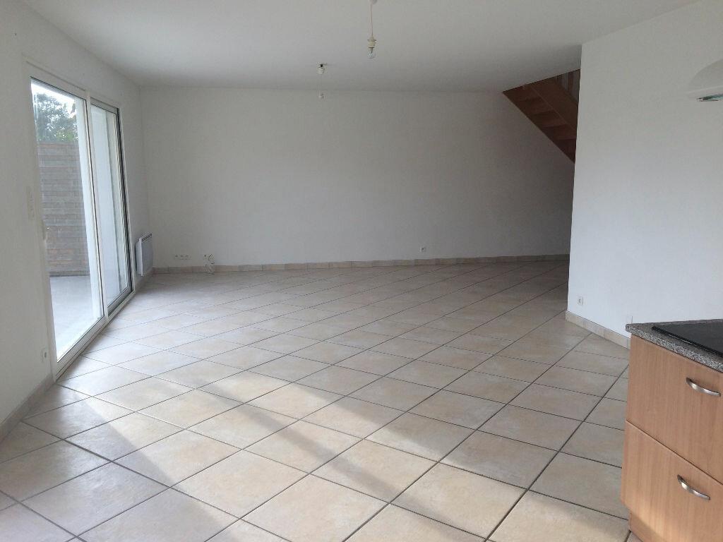 Maison à louer 5 126.29m2 à Riantec vignette-2