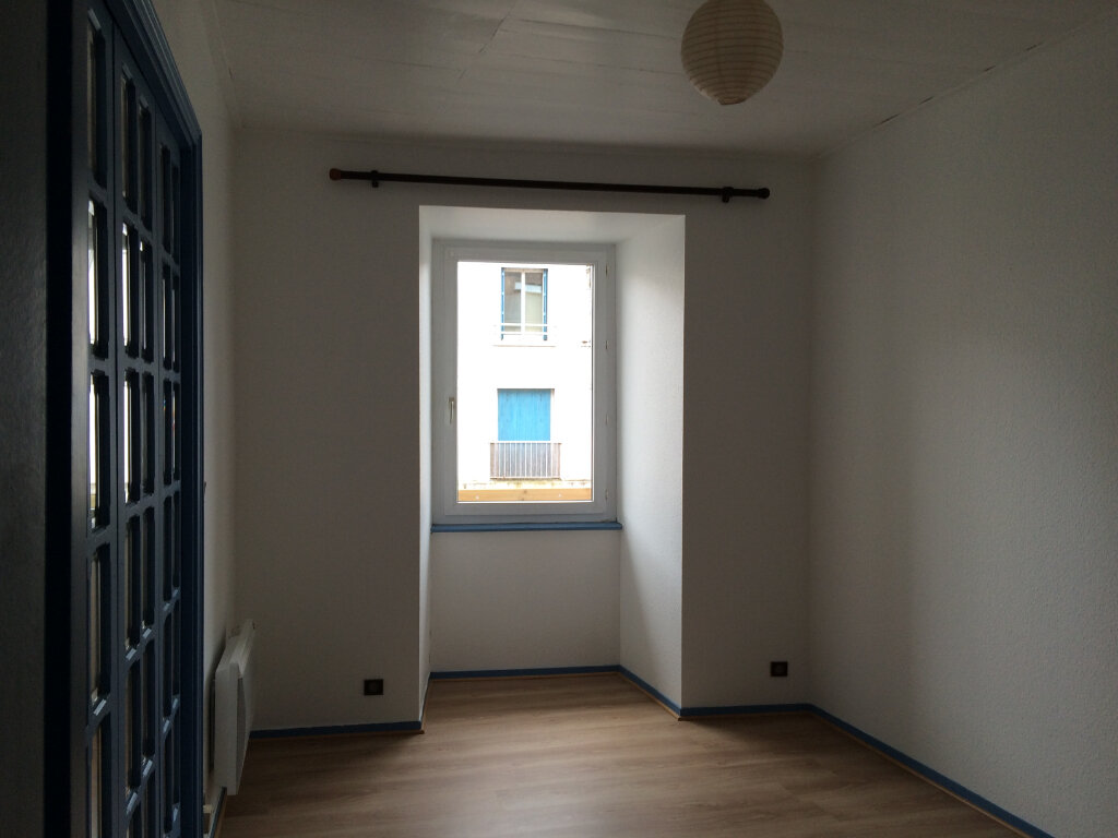 Appartement à louer 2 42m2 à Quimperlé vignette-5