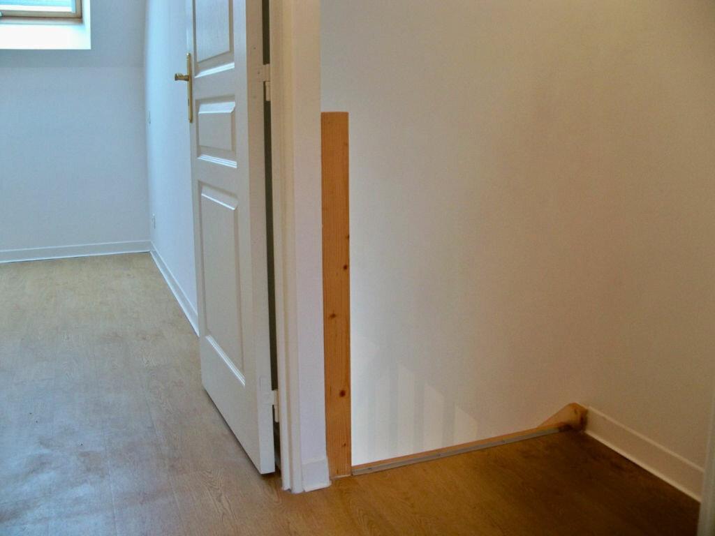 Maison à louer 3 51.76m2 à Riantec vignette-9