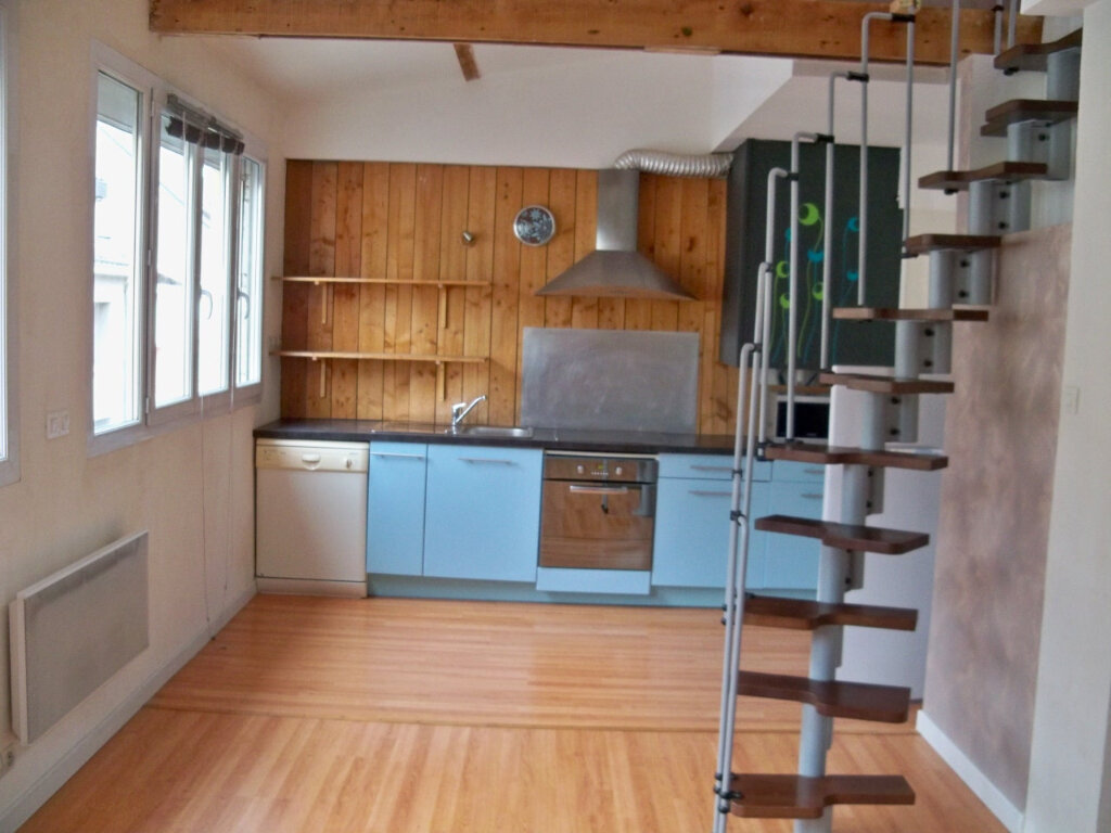 Appartement à louer 2 52m2 à Lorient vignette-2