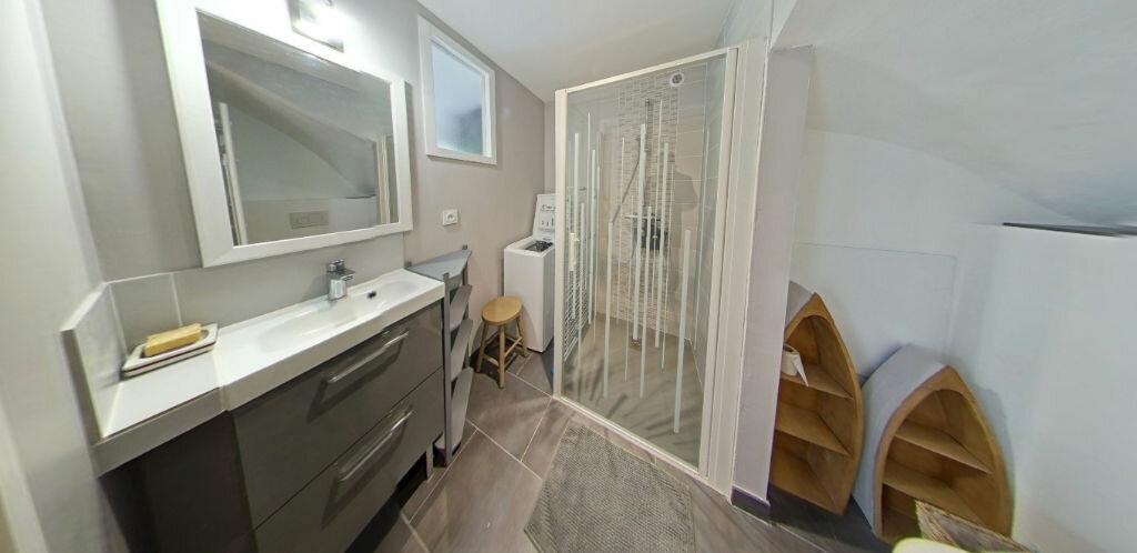 Appartement à louer 2 54.14m2 à Larmor-Plage vignette-10