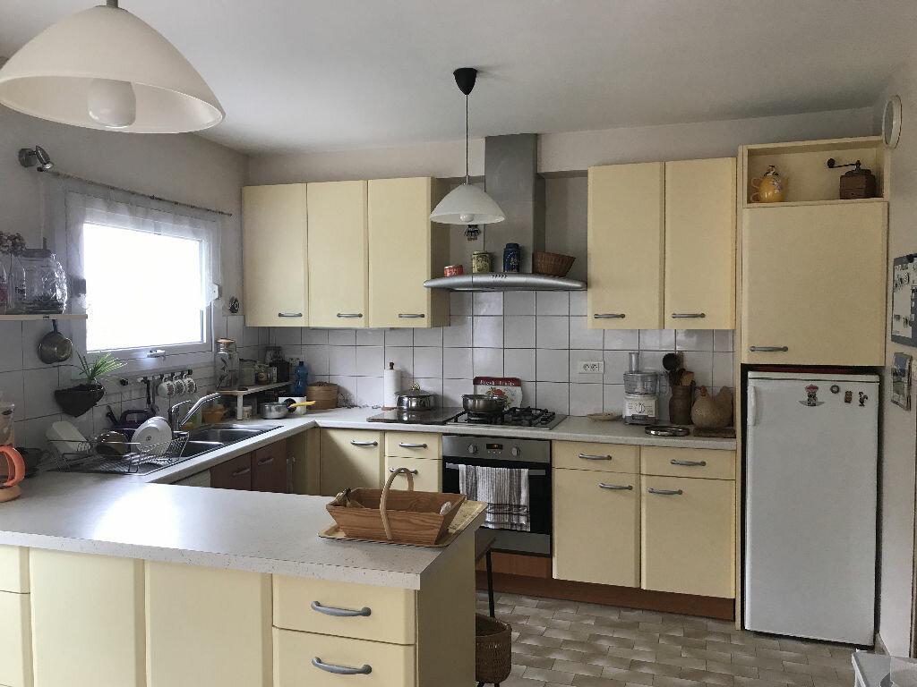 Maison à vendre 6 175m2 à Hennebont vignette-4