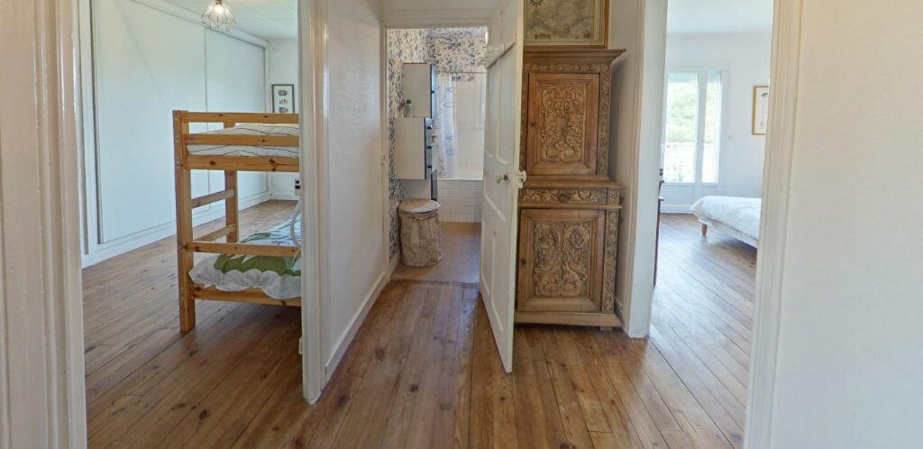 Maison à louer 6 120m2 à Larmor-Plage vignette-12