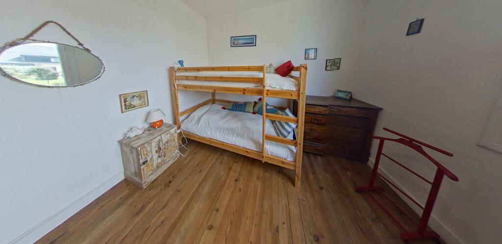 Maison à louer 6 120m2 à Larmor-Plage vignette-13