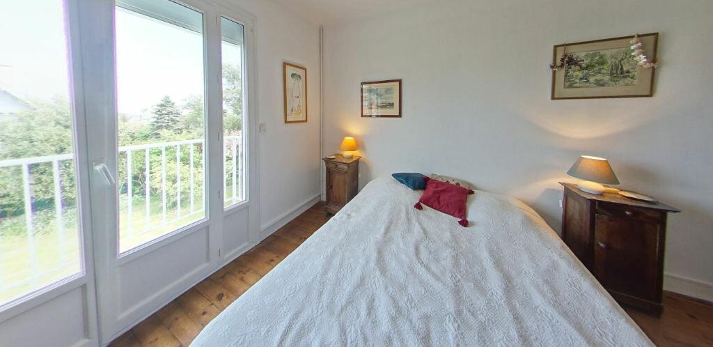 Maison à louer 6 120m2 à Larmor-Plage vignette-15