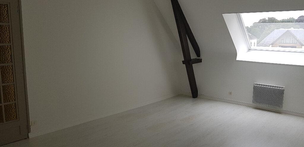 Appartement à louer 2 54m2 à Hennebont vignette-3