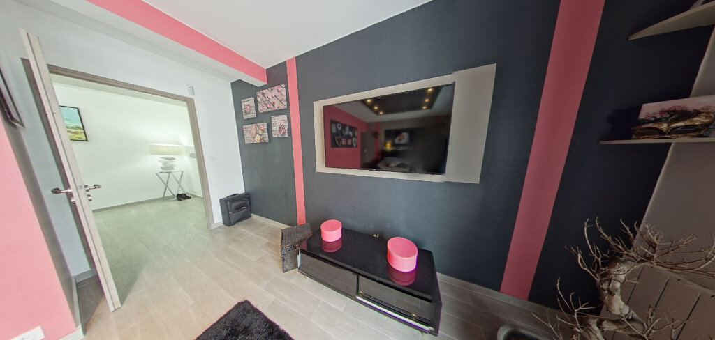 Maison à louer 4 145m2 à Lorient vignette-12