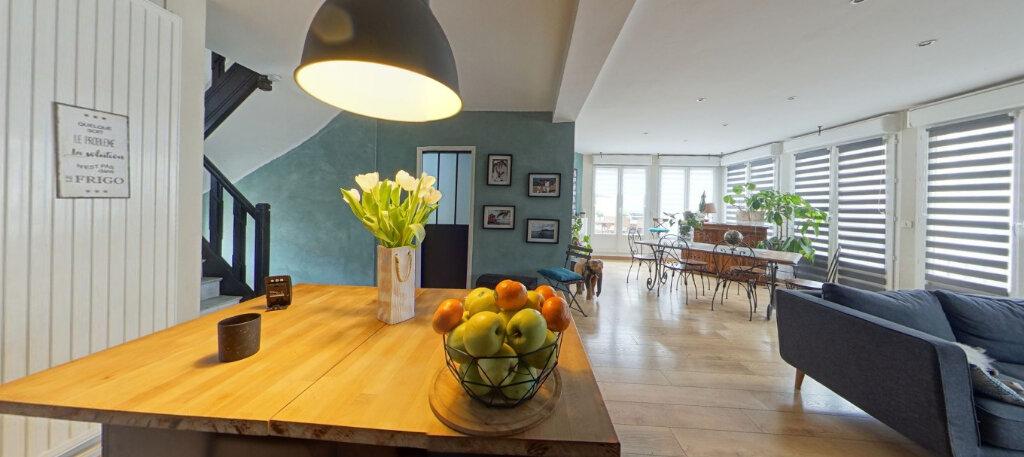 Maison à vendre 9 300m2 à Lorient vignette-2