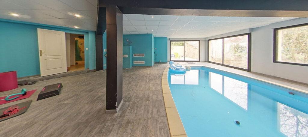Maison à vendre 9 300m2 à Lorient vignette-3