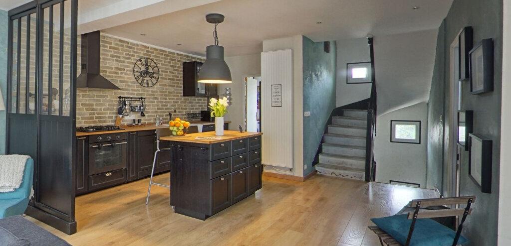 Maison à vendre 9 300m2 à Lorient vignette-4