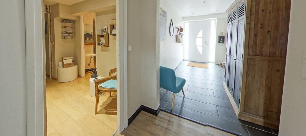 Maison à vendre 9 300m2 à Lorient vignette-13