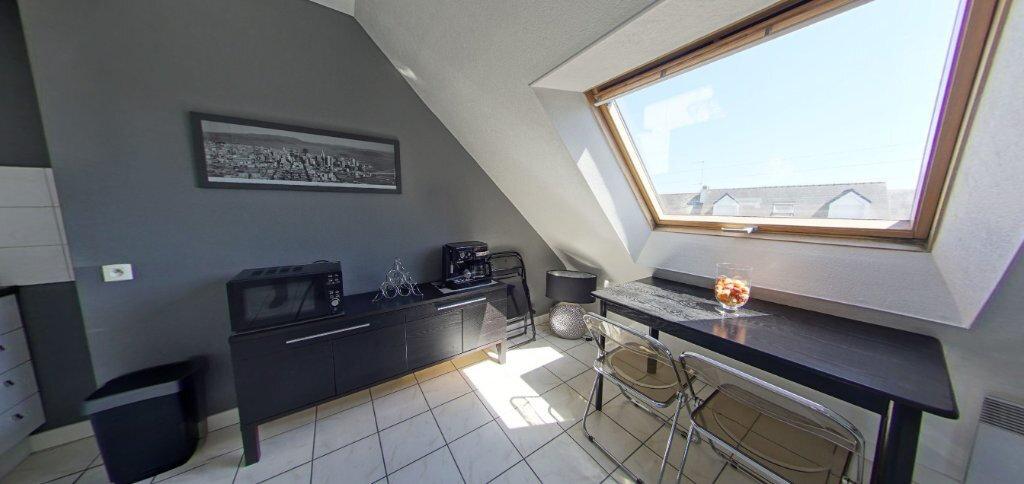 Appartement à louer 2 24.07m2 à Larmor-Plage vignette-3