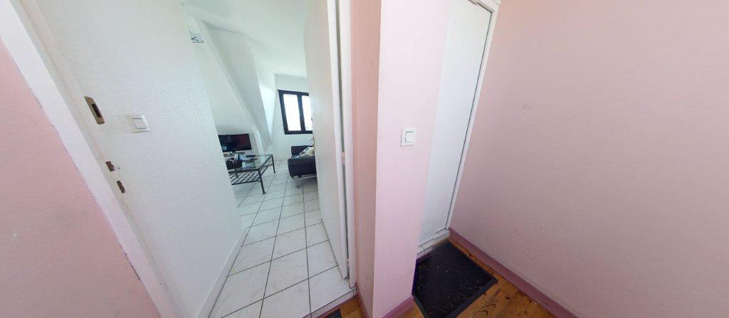 Appartement à louer 2 24.07m2 à Larmor-Plage vignette-4