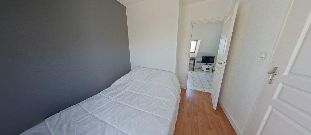 Appartement à louer 2 24.07m2 à Larmor-Plage vignette-5