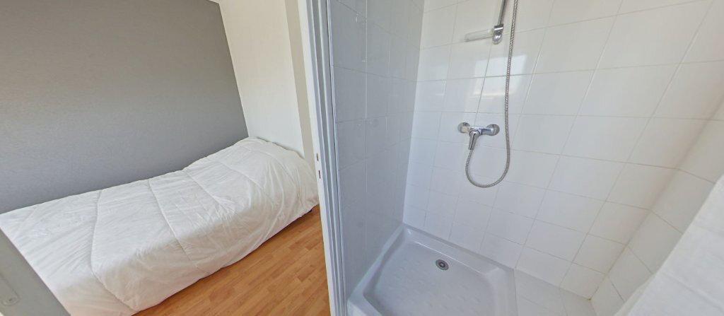 Appartement à louer 2 24.07m2 à Larmor-Plage vignette-6