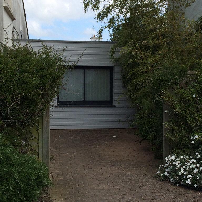Appartement à louer 2 24.07m2 à Larmor-Plage vignette-10