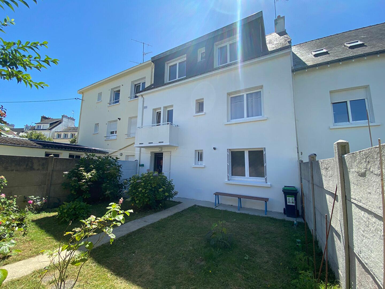 Maison à louer 7 160m2 à Lorient vignette-15