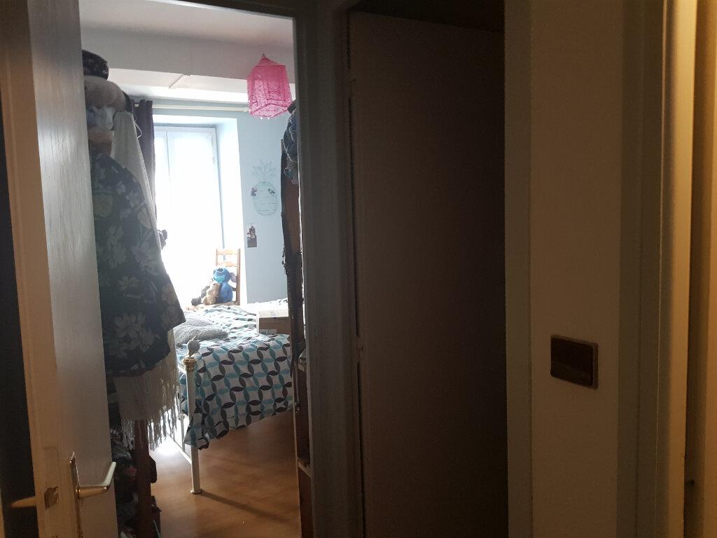 Appartement à louer 2 51m2 à Quimperlé vignette-7