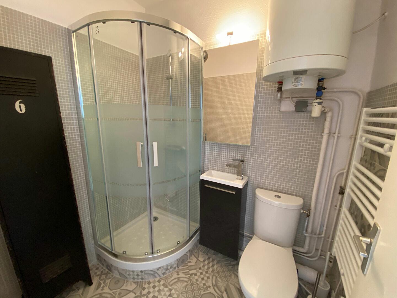 Appartement à louer 1 14.54m2 à Larmor-Plage vignette-6