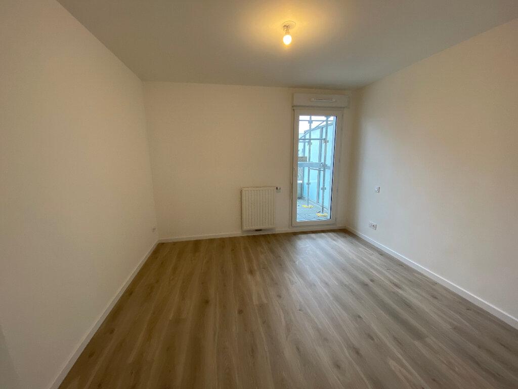 Appartement à louer 2 44m2 à Lorient vignette-5