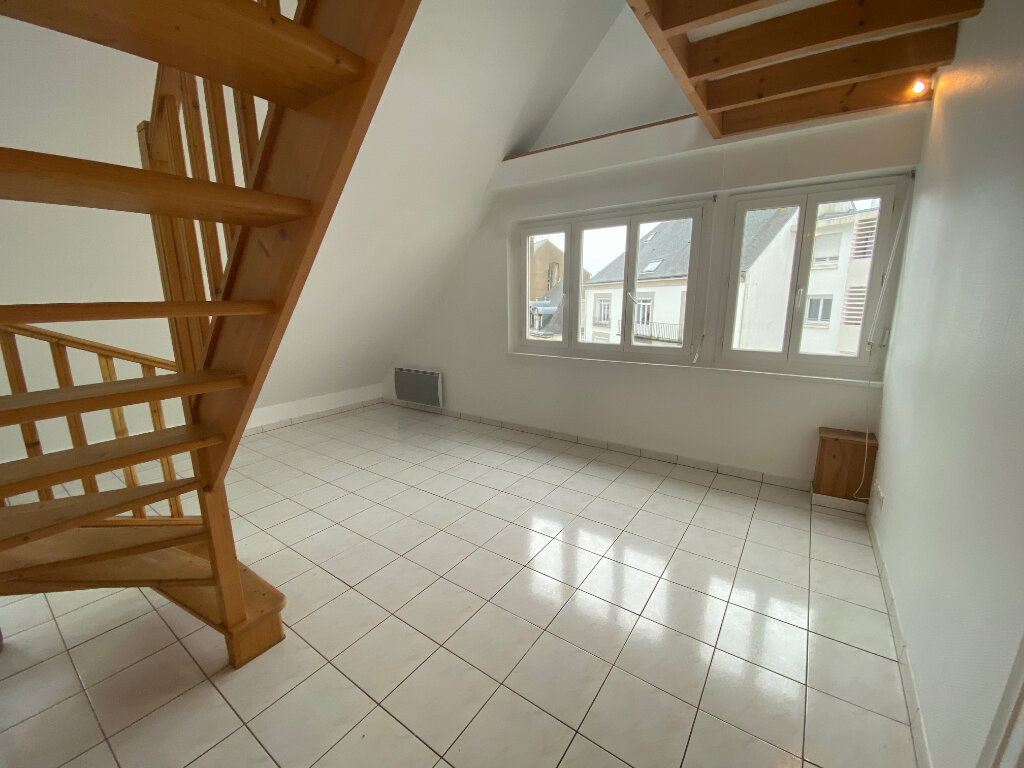 Appartement à louer 2 70m2 à Lorient vignette-1