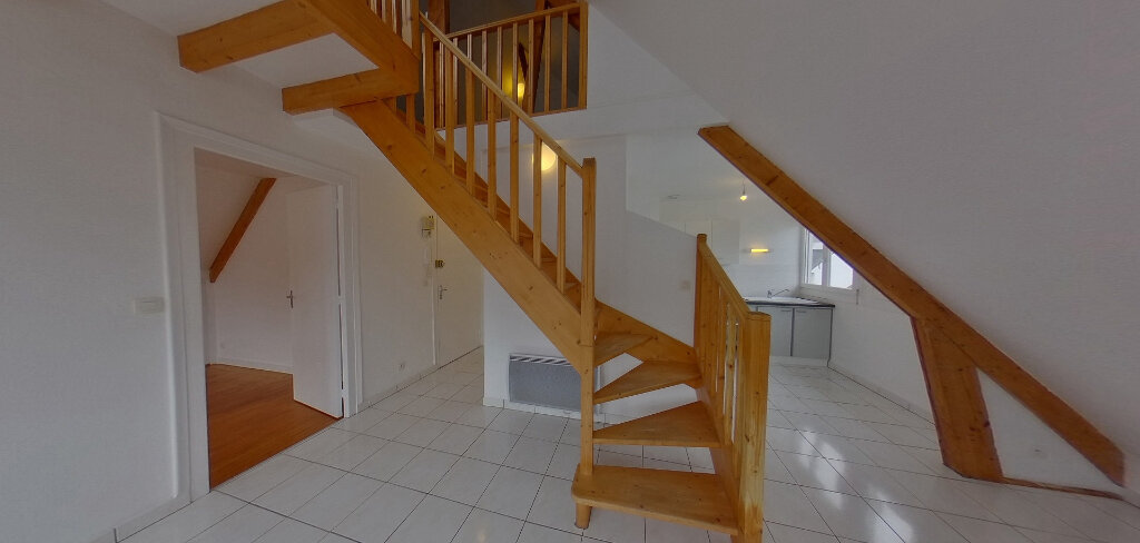 Appartement à louer 2 70m2 à Lorient vignette-3