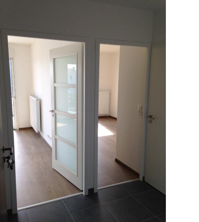 Appartement à louer 2 41.92m2 à Larmor-Plage vignette-3