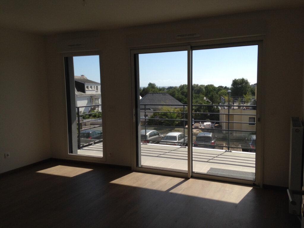 Appartement à louer 2 41.92m2 à Larmor-Plage vignette-5