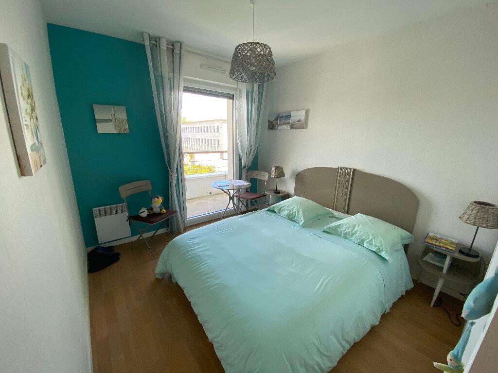 Appartement à louer 3 63.4m2 à Lorient vignette-9