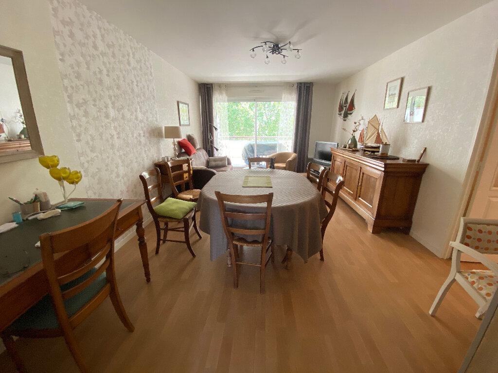 Appartement à louer 3 63.4m2 à Lorient vignette-12