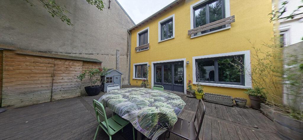 Maison à vendre 5 128m2 à Bagnolet vignette-1