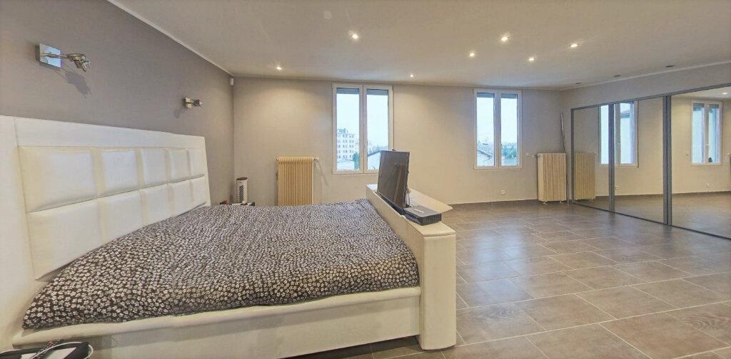Maison à vendre 7 220m2 à Bagnolet vignette-5