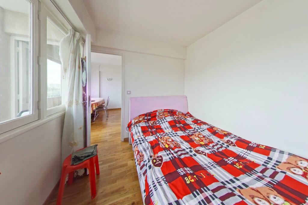 Appartement à vendre 4 76m2 à Bagnolet vignette-2