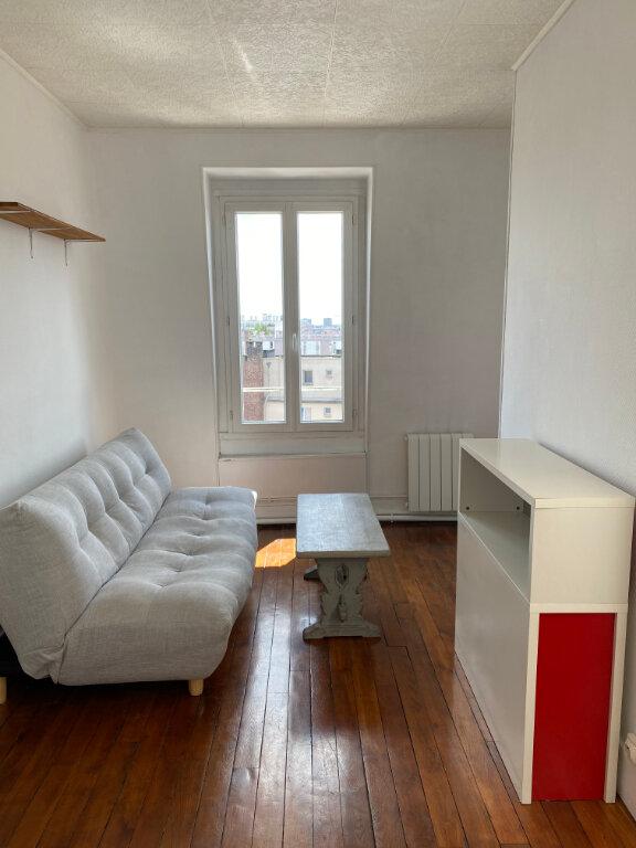 Appartement à louer 2 28.14m2 à Les Lilas vignette-2