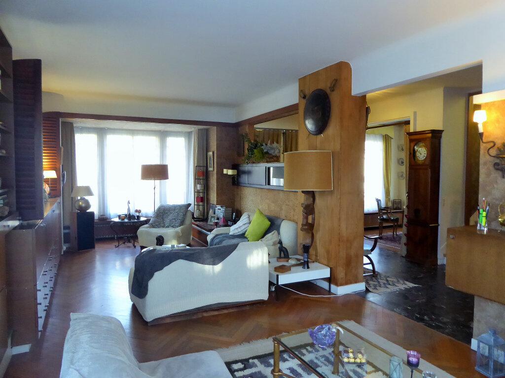 Maison à vendre 9 187m2 à Viroflay vignette-3