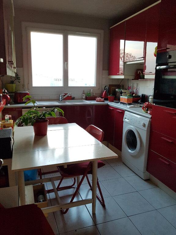 Appartement à vendre 4 76.03m2 à Versailles vignette-4