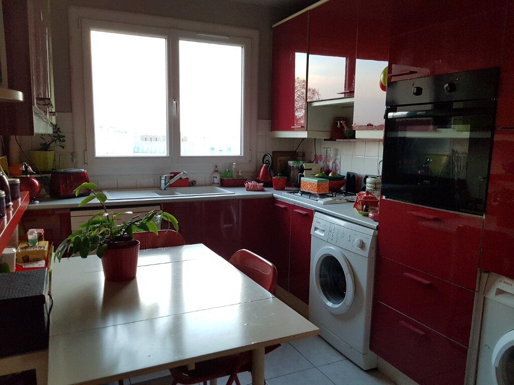 Appartement à vendre 4 76.03m2 à Versailles vignette-5