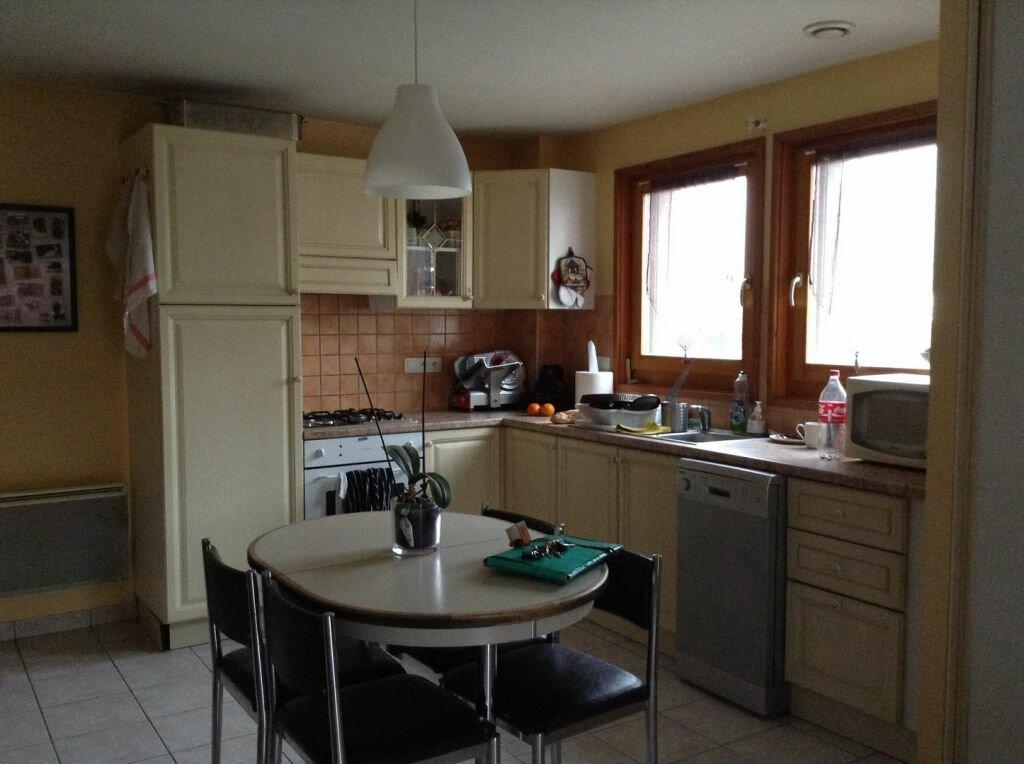 Appartement à louer 3 81.02m2 à Massongy vignette-2