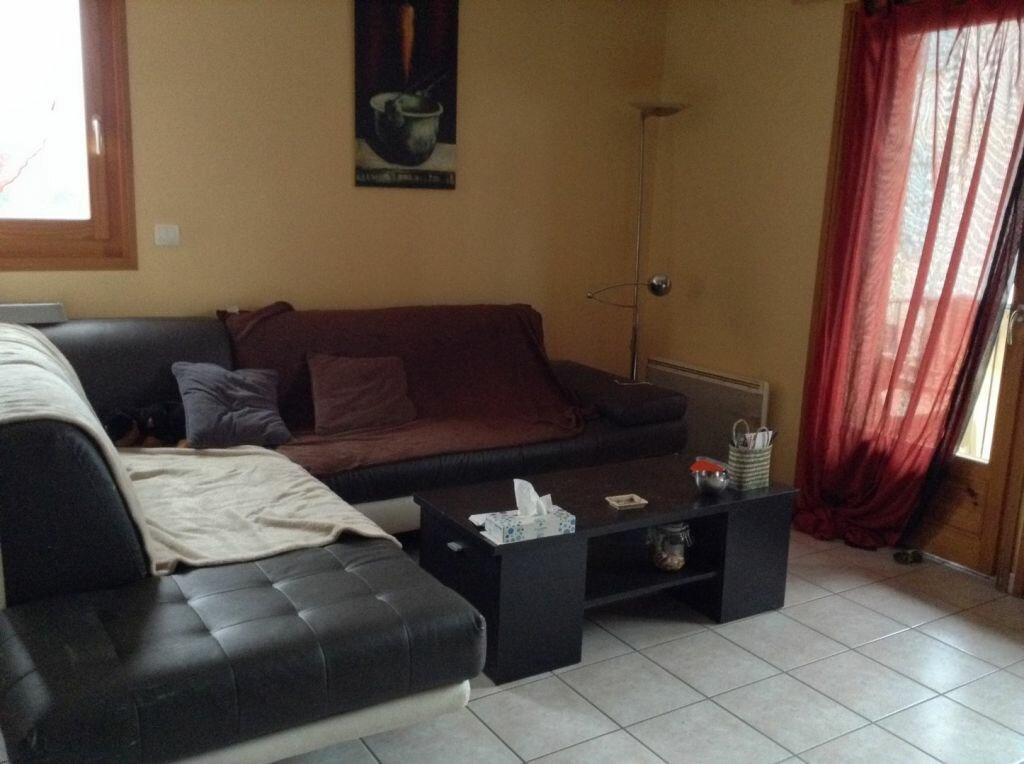 Appartement à louer 3 81.02m2 à Massongy vignette-3