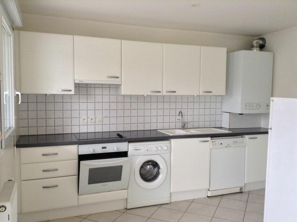 Appartement à louer 2 53m2 à Veigy-Foncenex vignette-1