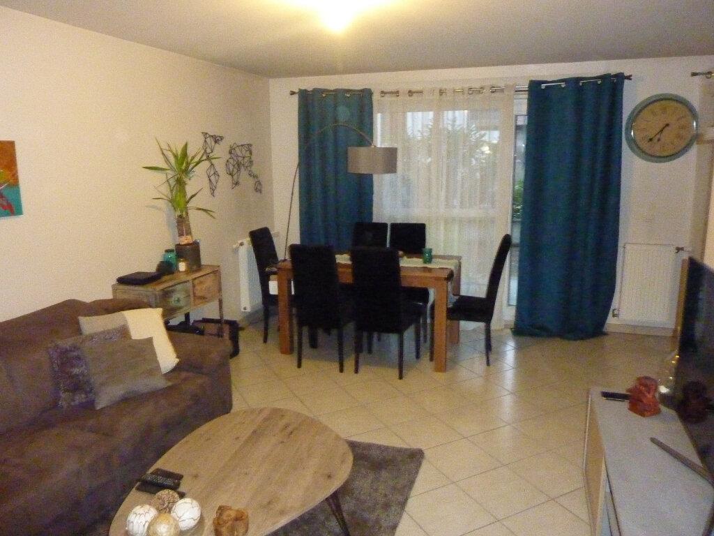 Appartement à louer 2 53m2 à Veigy-Foncenex vignette-5