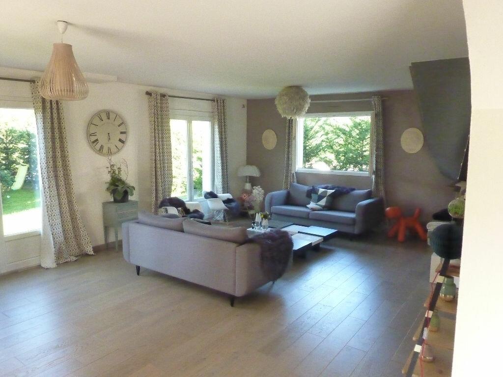 Maison à vendre 4 125m2 à Veigy-Foncenex vignette-2