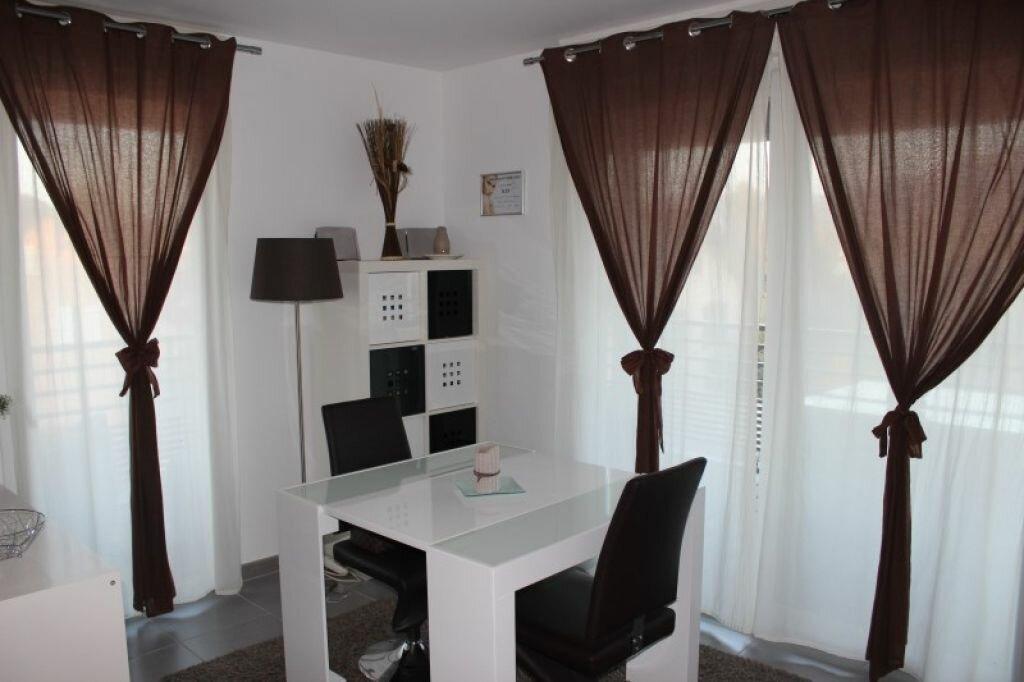 Appartement à louer 3 65.87m2 à Veigy-Foncenex vignette-1