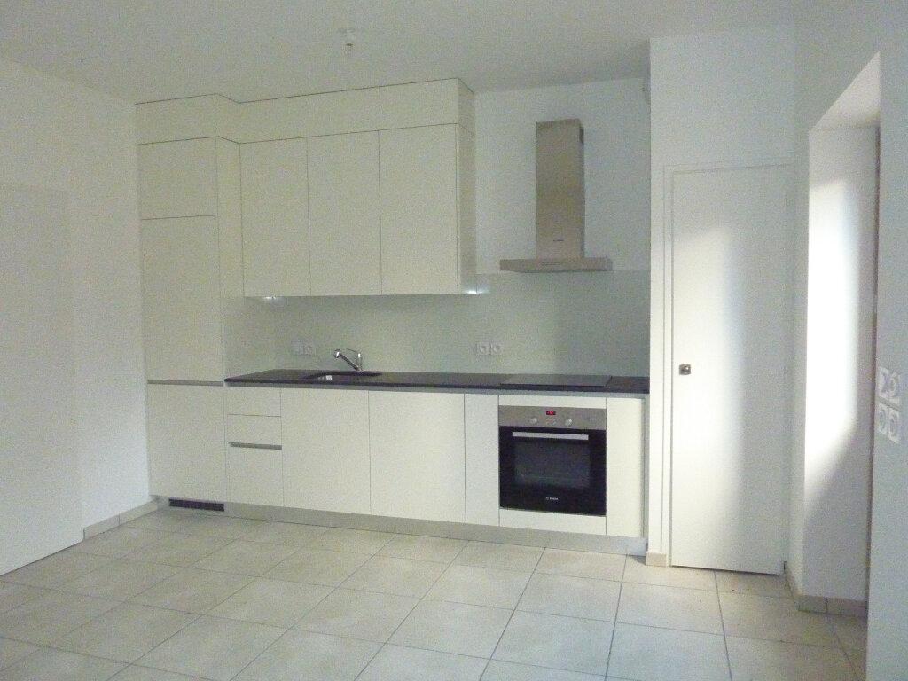 Appartement à louer 2 38.43m2 à Chens-sur-Léman vignette-1