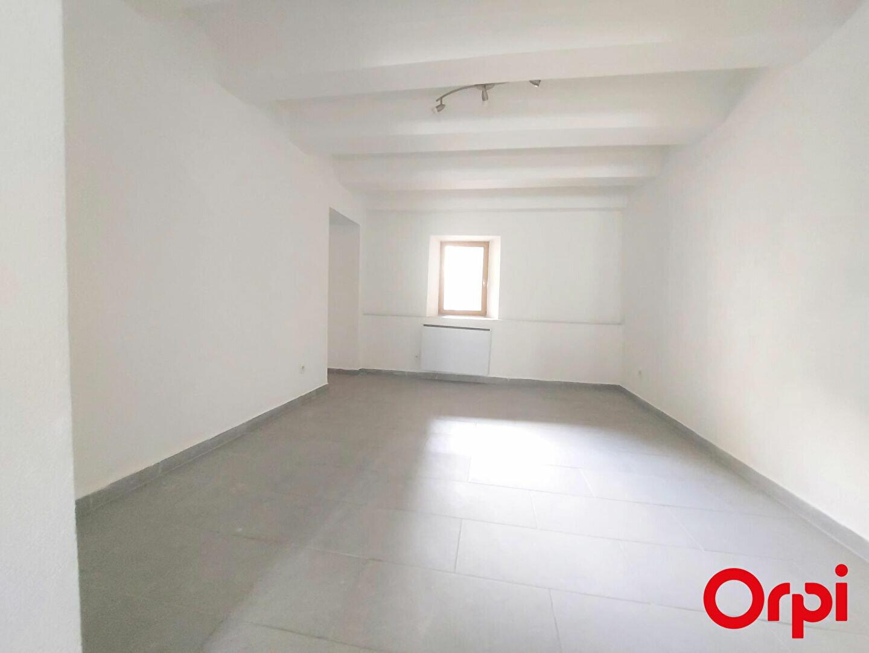 Maison à louer 4 108m2 à Veigy-Foncenex vignette-3