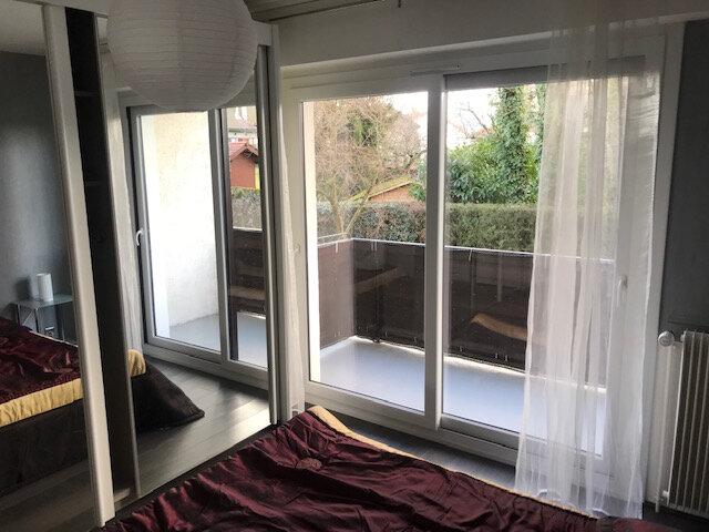 Appartement à louer 3 71m2 à Veigy-Foncenex vignette-3