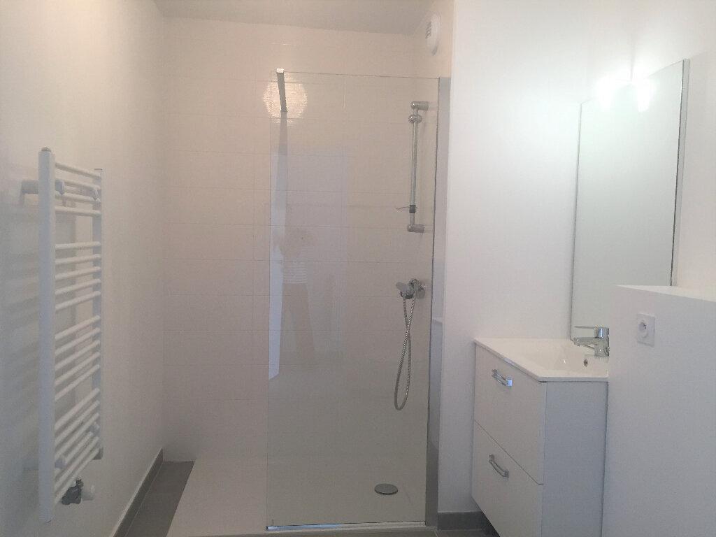 Appartement à louer 2 45.03m2 à Veigy-Foncenex vignette-3